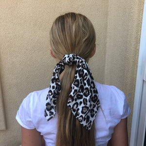 Faux Silk Long tail scrunchie - leopard