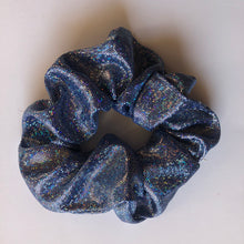 Load image into Gallery viewer, Sparkly scrunchies