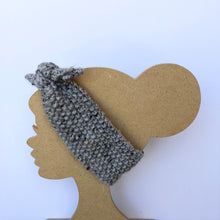 Load image into Gallery viewer, Hand knit headband