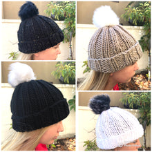 Load image into Gallery viewer, Hand knit Hat/Beanie