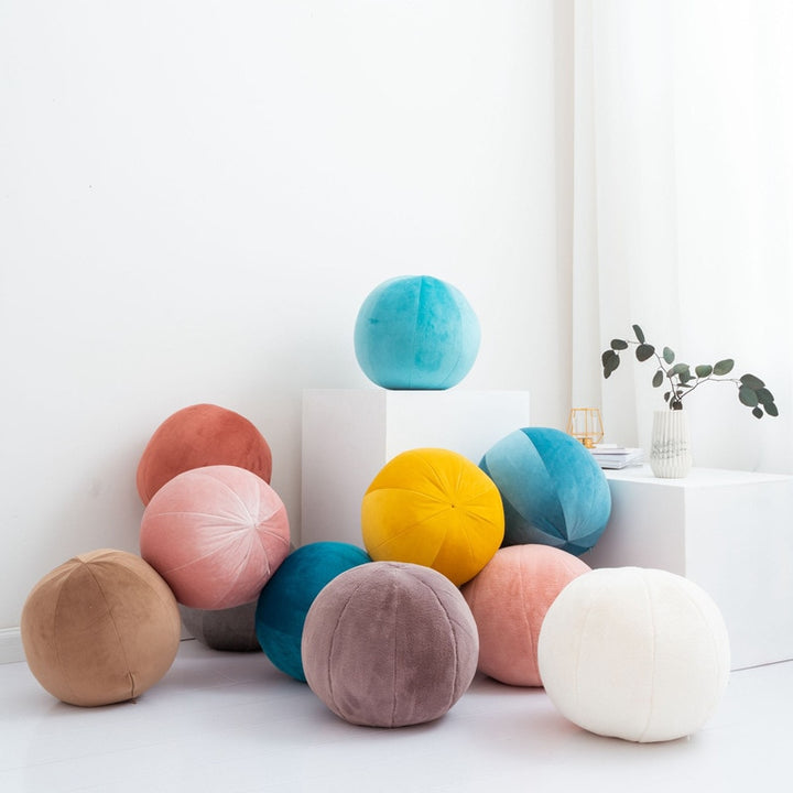 Velvet/Plush Round Petal Cushion