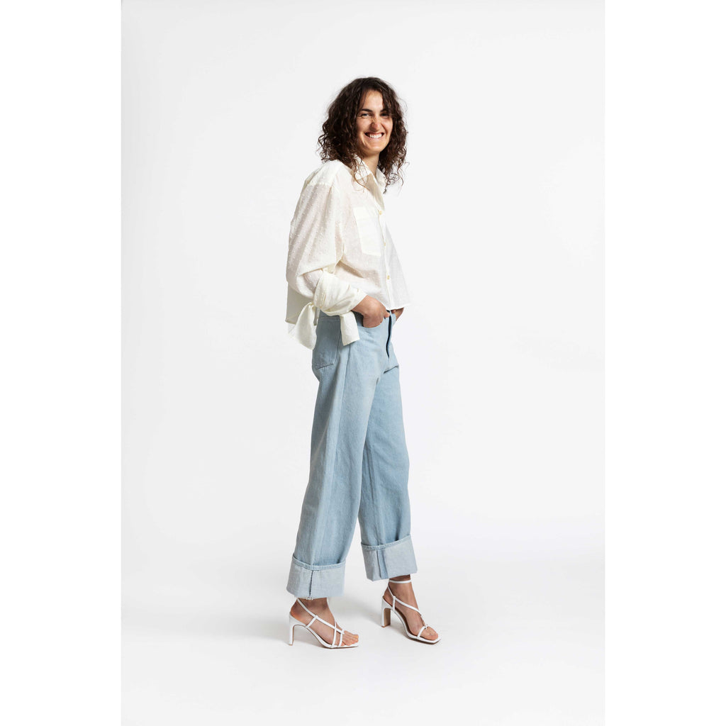 Bow Sleeve Crop Shirt / plumetis cloud