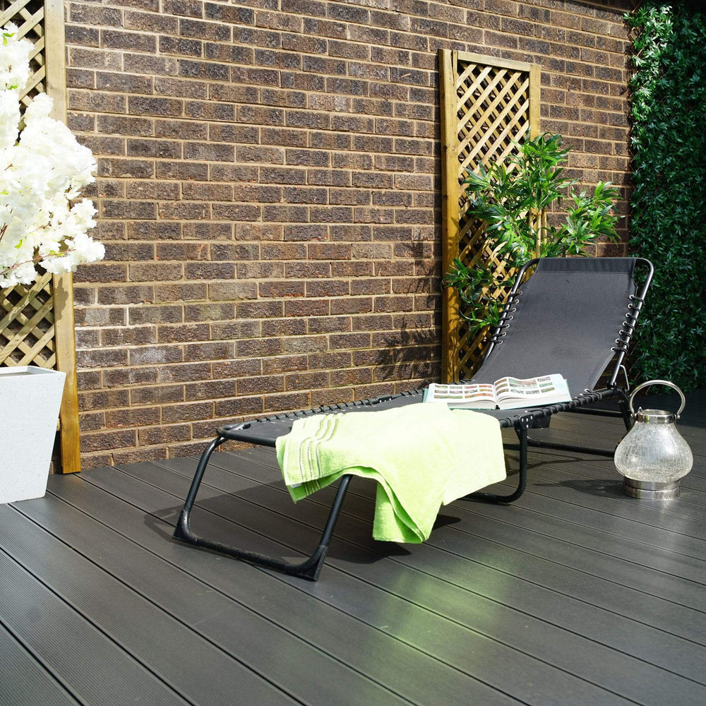 Innovators Black Folding Sunbed