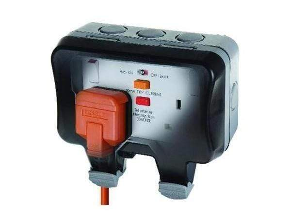 Masterplug WP22RCD 2-Gang Outdoor  Switched Socket