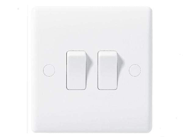 Nexus Moulded White Double Switch