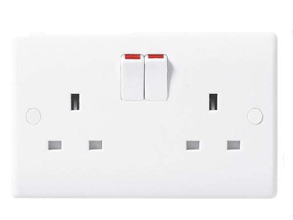 Nexus Moulded White Double Switched Socket