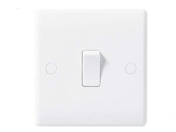 Nexus Moulded White Single Switch