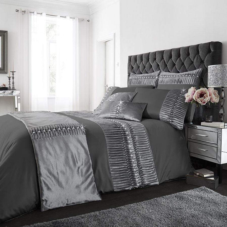 Porto Charcoal Crushed Velvet Diamante Duvet Set