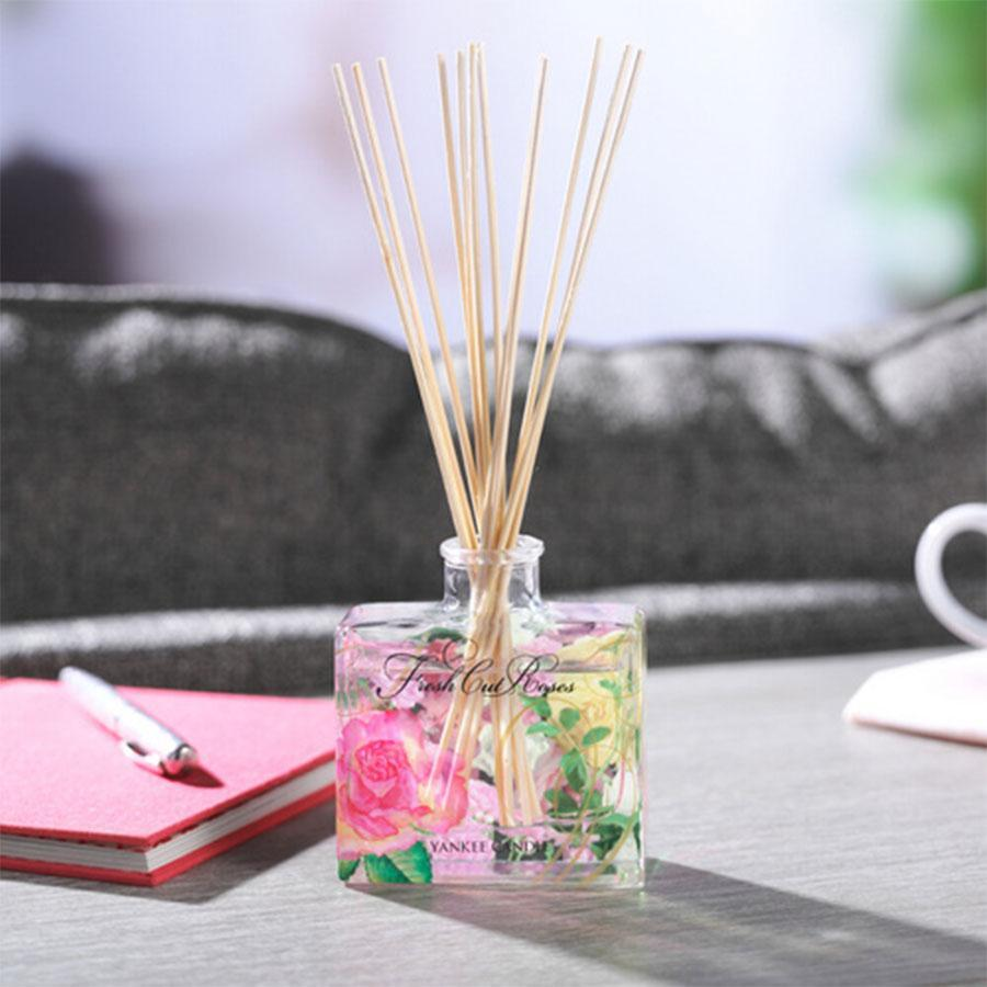 Yankee Signature Reed Diffuser Fresh Cut Roses