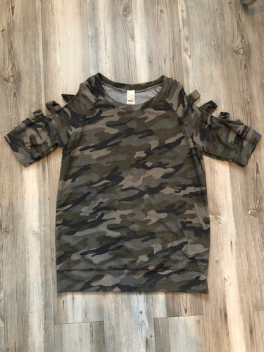 Camo shirt with cut out sleeves