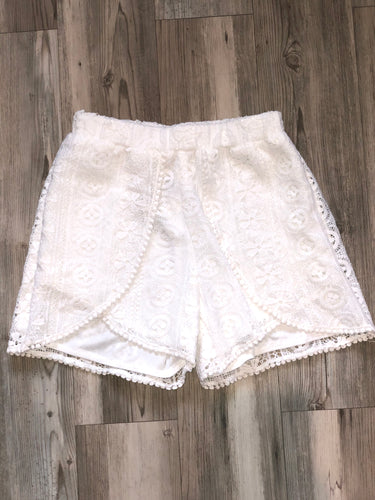 White Lace detail shorts