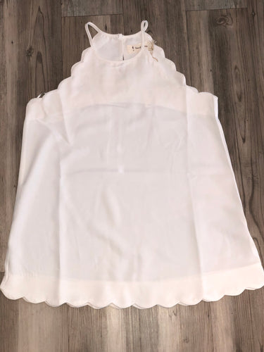 White tank with scalloped detail