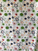 Load image into Gallery viewer, White Petite Floral Pattern Cotton 1 Yard