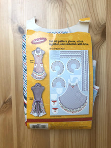 Domestic Diva Fabric Panel Apron