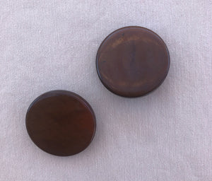 Set of 2 Brown Shank Buttons