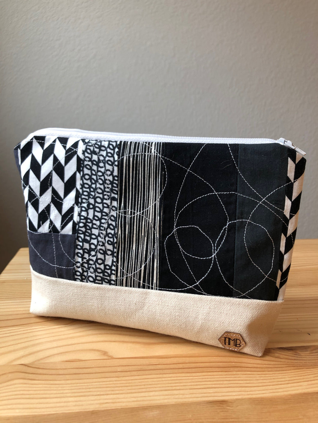 Black & White Scrappy Quilted Zipper Bag