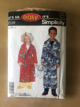 Load image into Gallery viewer, Simplicity Pattern 2139
