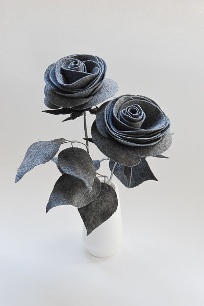 grey roses, rose bouquet, flowers, gift, home decor