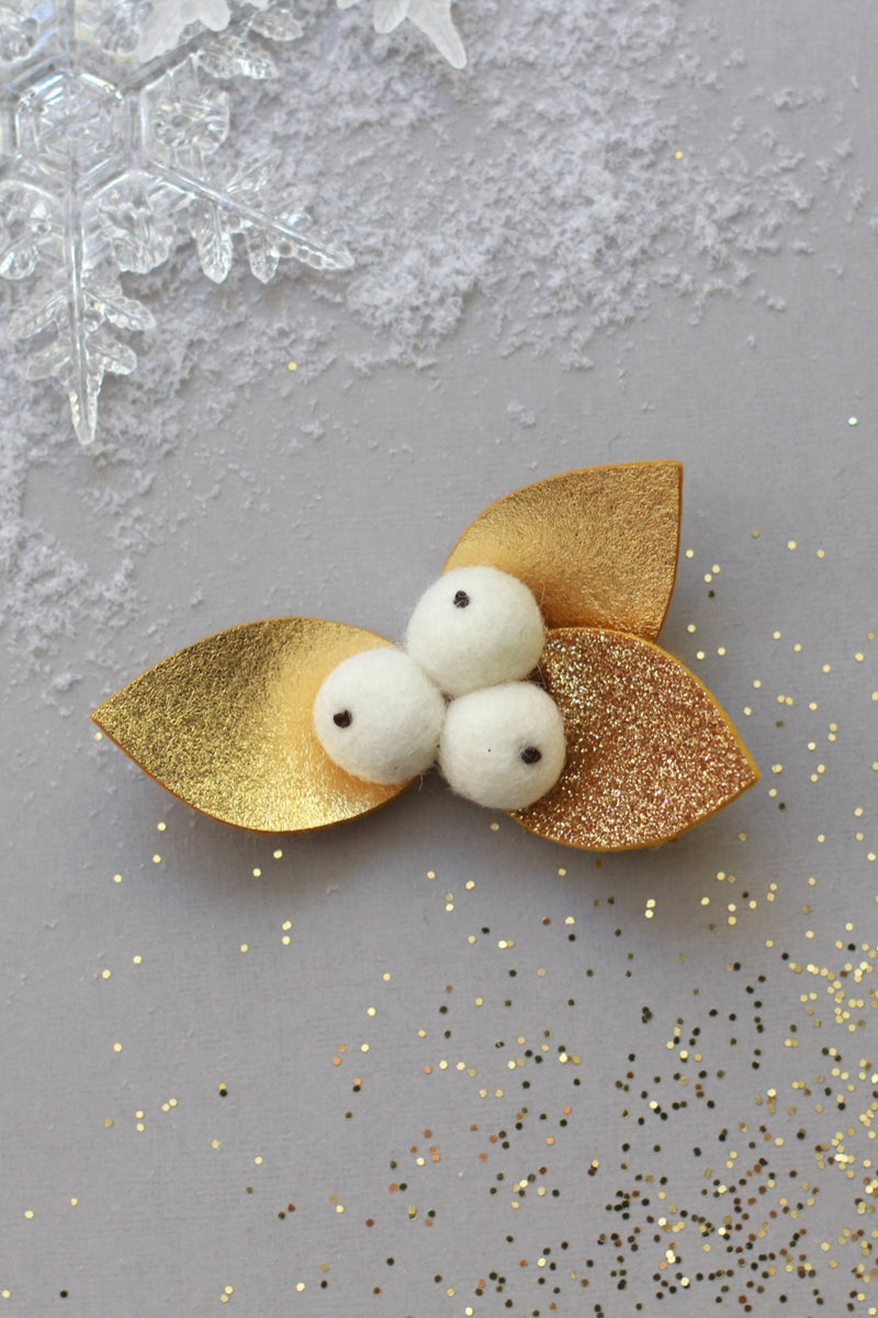 White/Gold Snow Berry