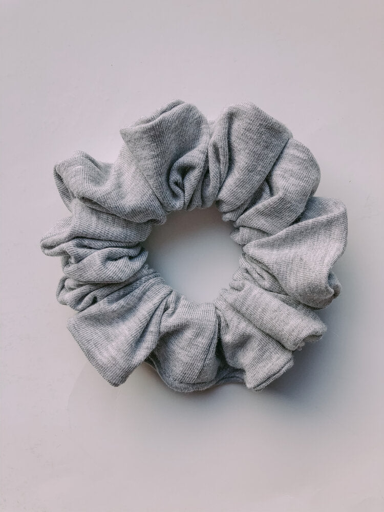 SCRUNCHIE | Everyday Grey