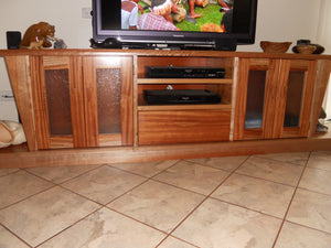 Entertainment unit Queensland Maple