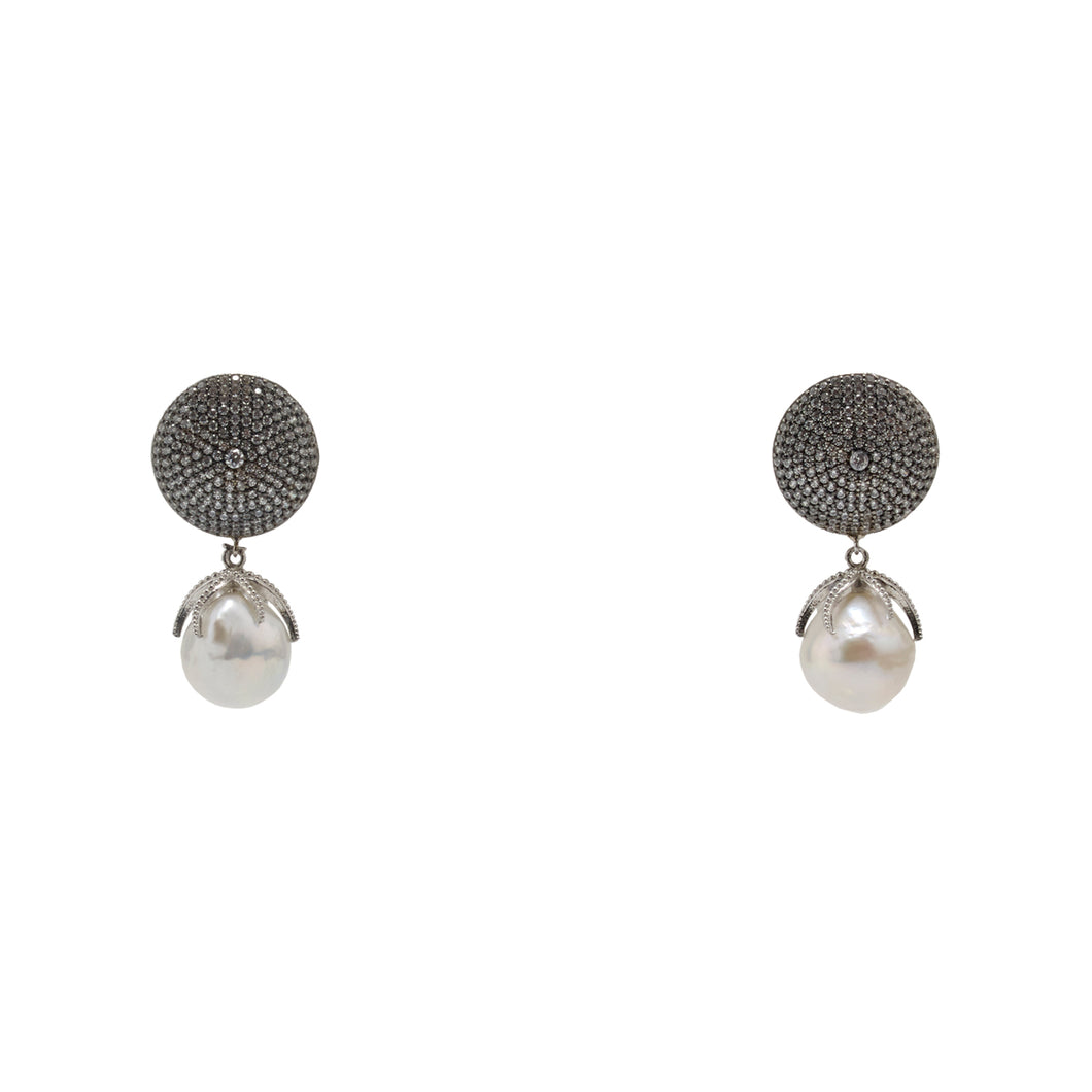 Earrings Pearl Drops and Crystal Disc