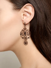 Load image into Gallery viewer, Earrings Antoinette Chandelier