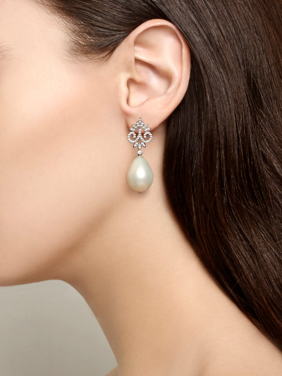 Earrings Baroque Pearl Drops
