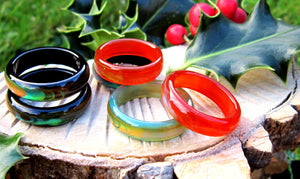 stunning black, red, green agate band mood ringss by best mood rings