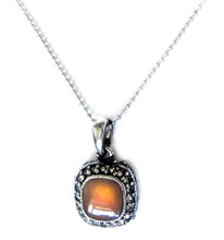 Load image into Gallery viewer, square mood pendant turning orange color