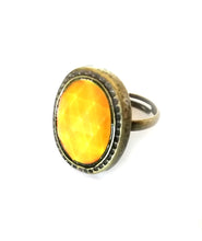 Load image into Gallery viewer, Bronze Oval Mood Ring
