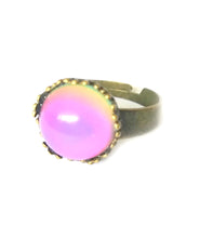 Load image into Gallery viewer, bronze mood ring with circular mood turning pink color by best mood rings