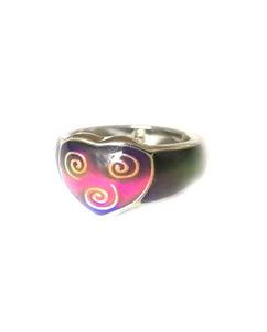 celtic heart mood ring in a band design showing a red mood meaning