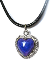 Load image into Gallery viewer, Heart Mood Necklace