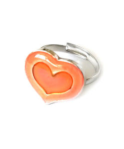 a heart mood ring for children that glows in the dark