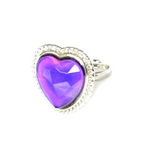 Load image into Gallery viewer, a heart mood ring with a purple mood color