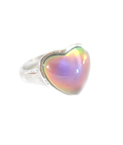a heart mood ring turning pink color