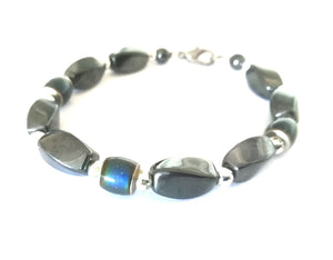Stylish Magnetic Mood Bracelet