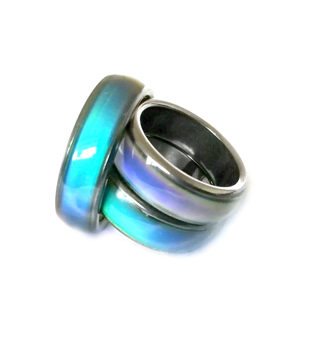 Sleek Magnetic Mood Ring