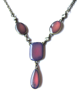mood necklace showing burgundy colors