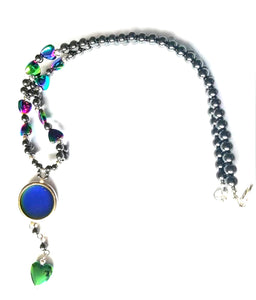 a magnetic mood necklace made from hematite with hearts by best mood rings