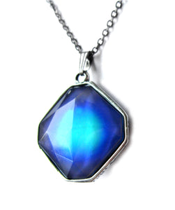 a mood pendant blue color