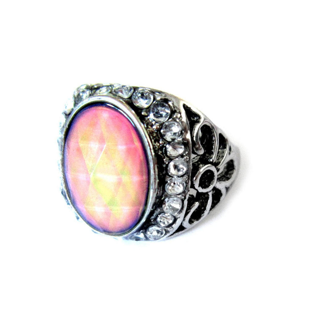 mood ring with a faceted stone