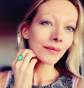 beautiful mood ring mode wearing oval brass crown ring by best mood rings