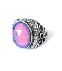 a mood ring by best mood rings showing a pink mood