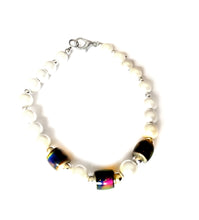 Load image into Gallery viewer, pearl style magnetic mood bracelet by best mood rings