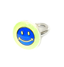 Load image into Gallery viewer, child mood ring with smiley face
