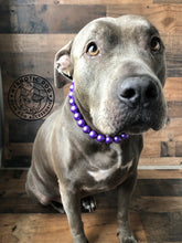 Load image into Gallery viewer, Purple Metallic Wooden Bead Collar