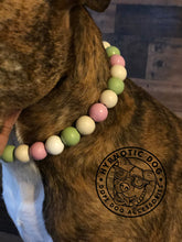 Load image into Gallery viewer, Minty Sweet Wooden Bead Collar