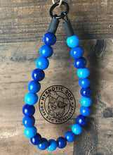 Load image into Gallery viewer, Blue Ombré Wooden Bead Collar